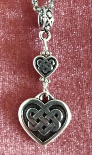 Celtic heart with accent heart bead and fancy Bale
