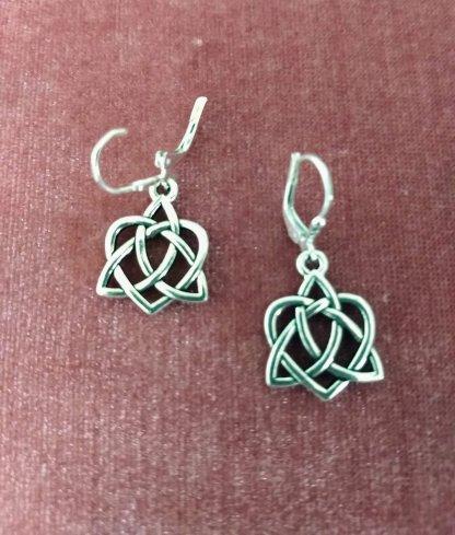Er Celtic Love Knots