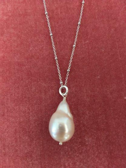 Natural Baroque Pearl