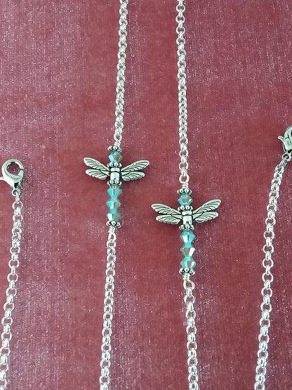Dragonfly-Mask-Holder